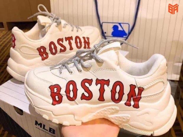 Mẫu giày MLB