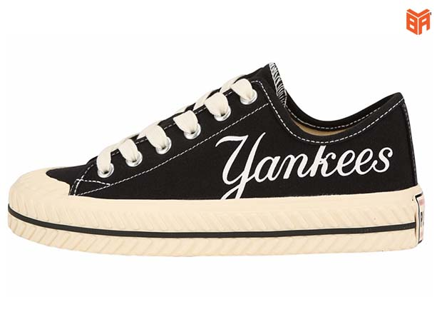 Mẫu giày thấp cổ MLB