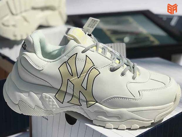 Mẫu giày NY Fake