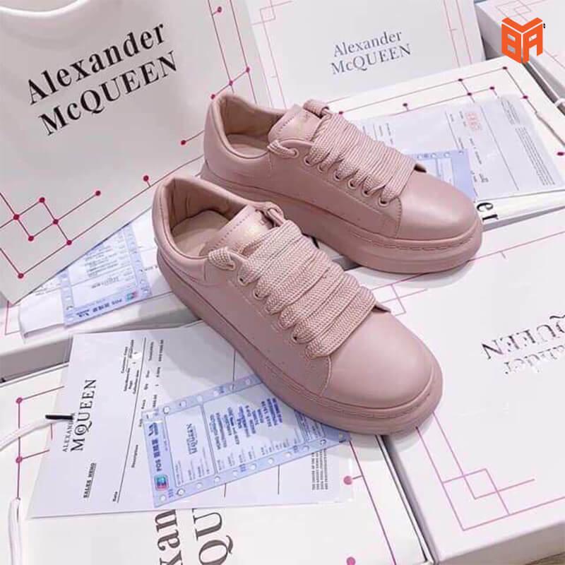 giày alexander mcqueen màu hồng