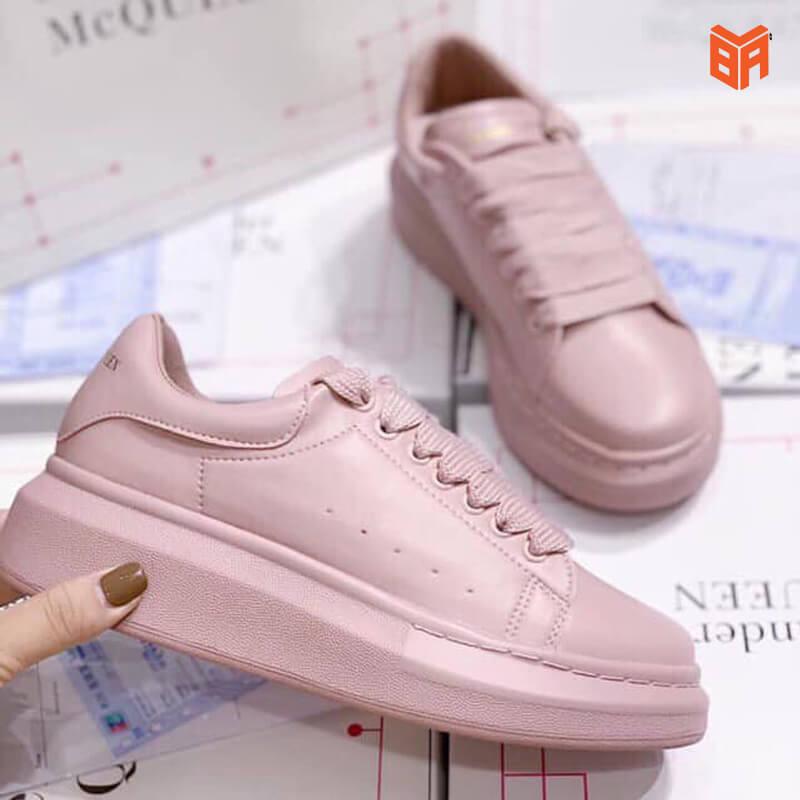 giày alexander mcqueen hồng