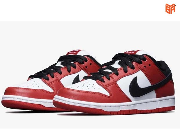 SB Dunk Chicago Red