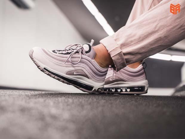 Giá tiền giày Nike Rep 11