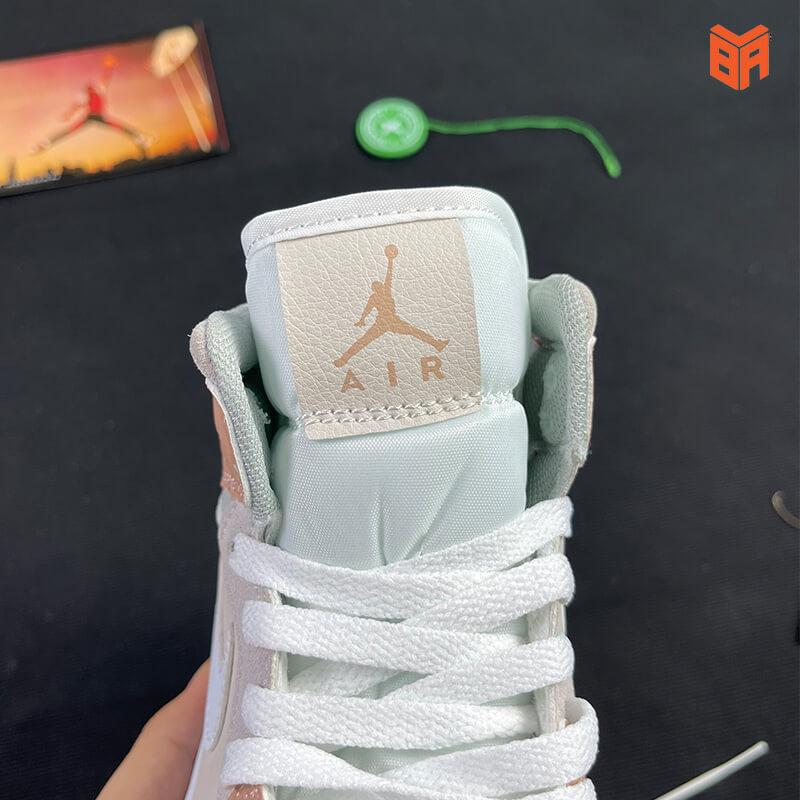 Nike Air Jordan 1 Mid Milan - Mác