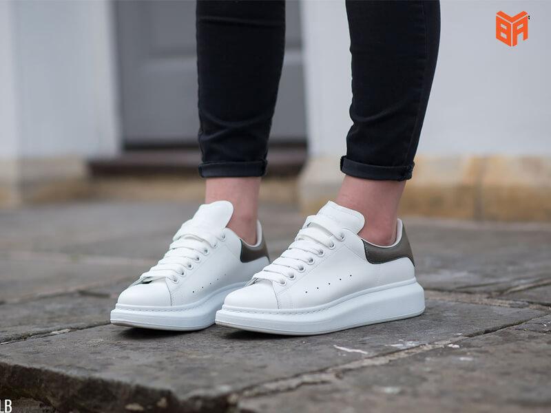giày sneaker super fake mc cực đẹp