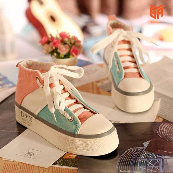giày sneaker cực kỳ tốt