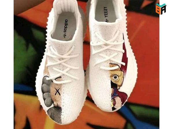 Mách bạn cách custom giày bằng màu gì đẹp.