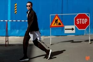 Bật mí 13 tips phối đồ với Balenciaga cổ cao cực chất