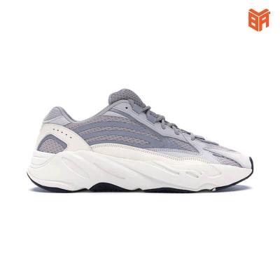 Adidas Yeezy 700 V2 Static Trắng/Phản Quang (Rep11)